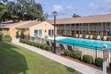 Whitehall Apartments - 1704 W Call St, Tallahassee, FL 32304 with ...