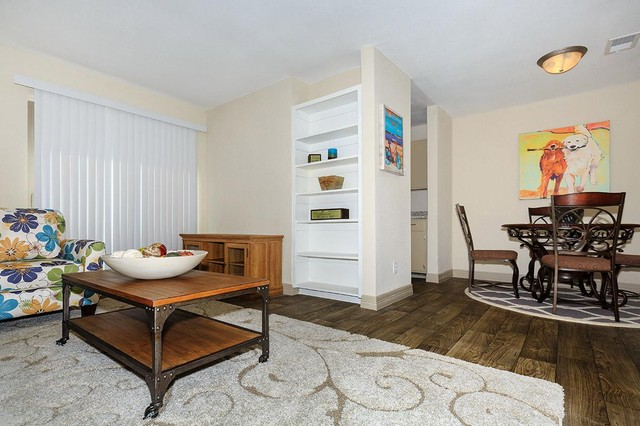 Dallas Apartments For Rent. CoverImage. 185934207. 185934181