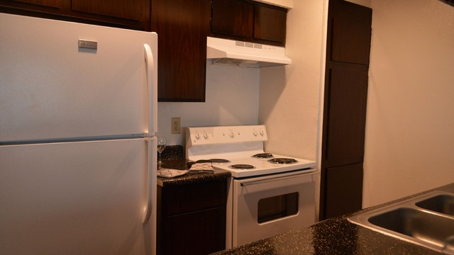 Dallas Apartments For Rent. CoverImage. 186677739