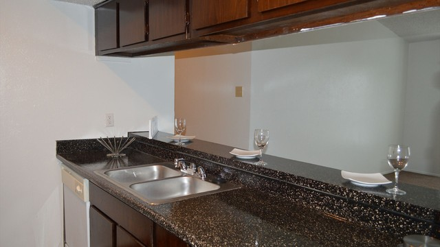 Dallas Apartments For Rent. CoverImage. 186677739. 186677742