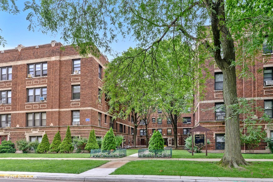 4625-35 N. Winchester Ave