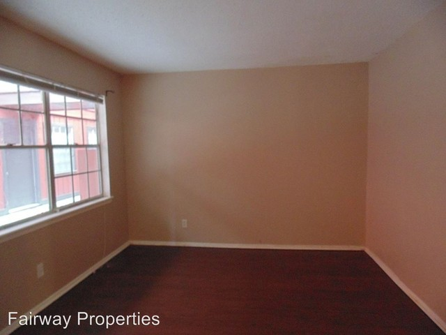 Austin » North University Apartments For Rent. CoverImage. 190369404.  190369405