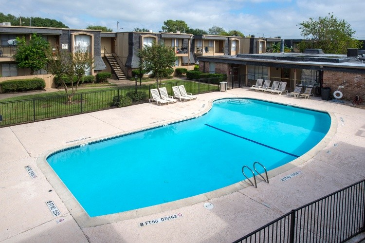 Pine Forest Park And Pine Forest Place Apartments Houston Tx