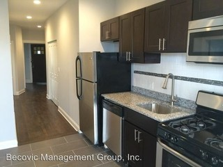 Amazing 4317 N Albany Ave #2, Chicago, IL 3 Bedroom Apartment For Rent For  $1,950/month   Zumper