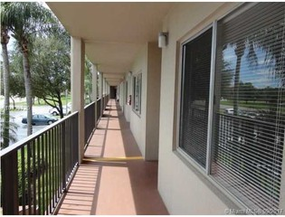 800 SW 137th Ave  207G45 Apartments for Rent in Century Village  Pembroke Pines  FL   Zumper. Low Income Apartments For Rent In Pembroke Pines Fl. Home Design Ideas