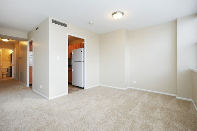 4 more  Chicago   Edgewater Apartments. 6301 N Sheridan Rd  7H  Chicago  IL 1 Bedroom Apartment for Rent