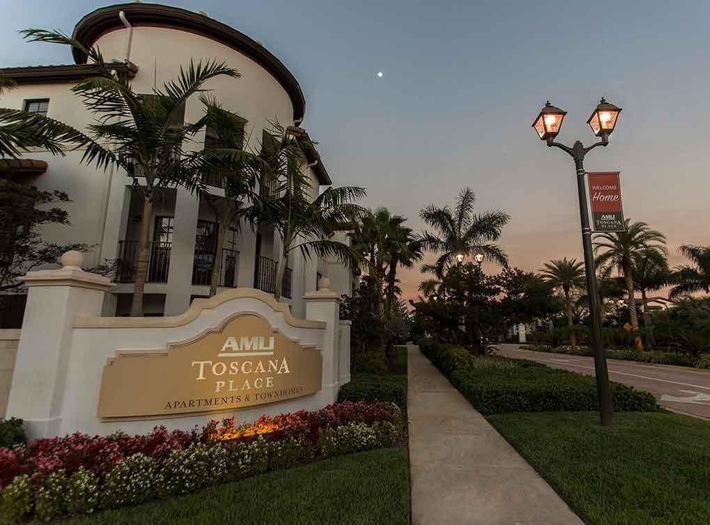Apartments Near NSU AMLI Toscana Place for Nova Southeastern University Students in Fort Lauderdale, FL