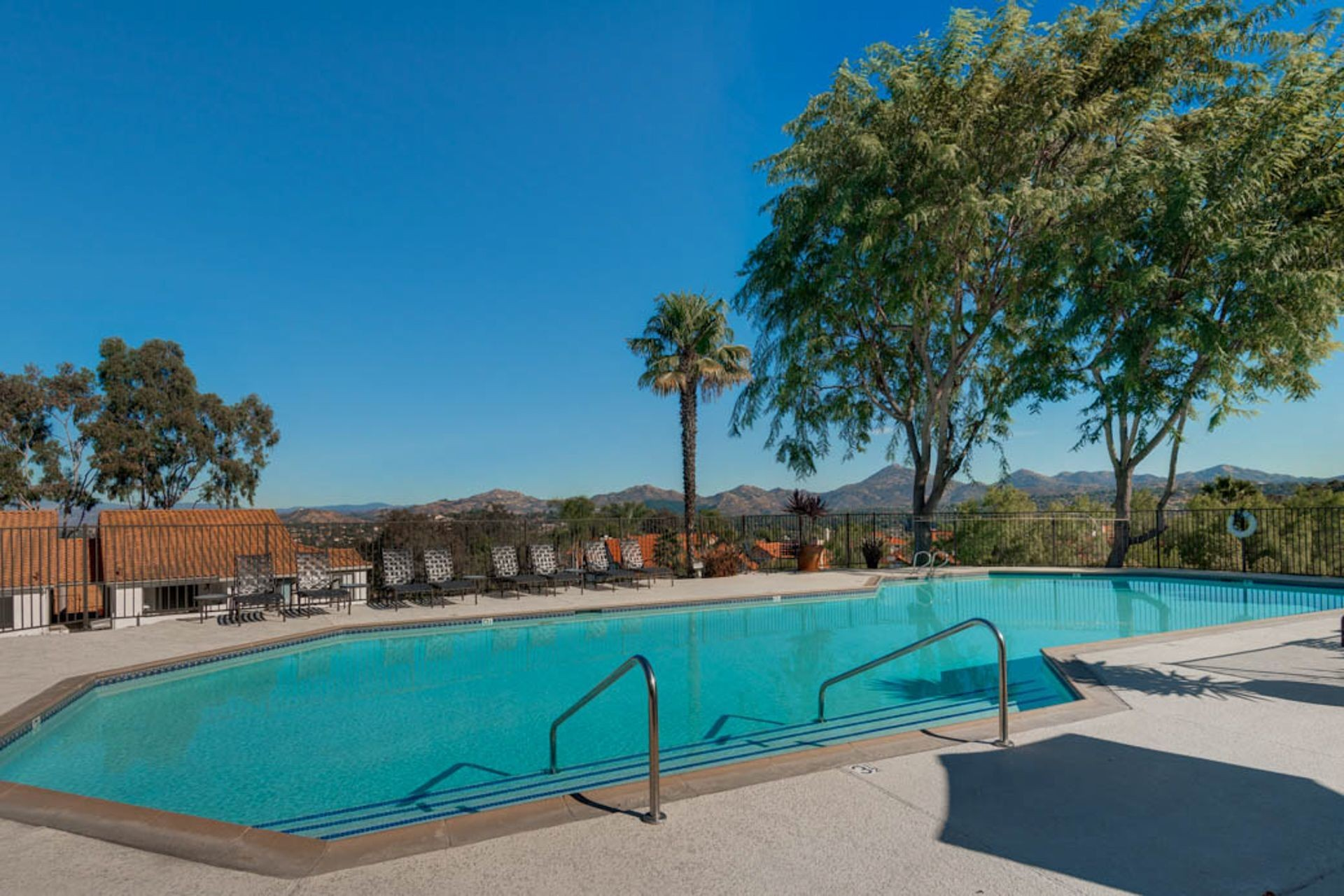 Check Your Credit Score For Free >> Bernardo Crest, San Diego - (see pics & AVAIL)