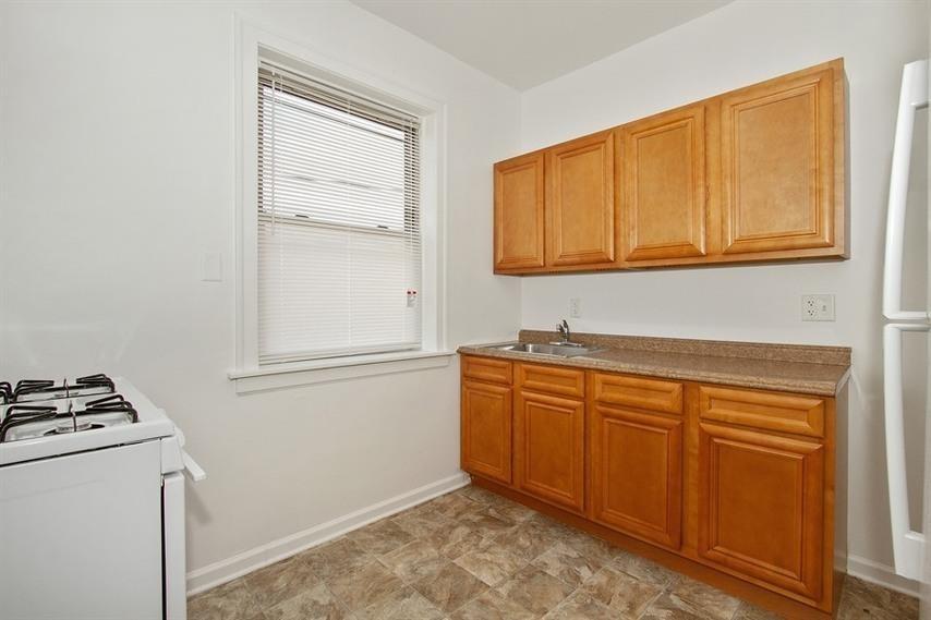 7915-19 S Hermitage Ave rental