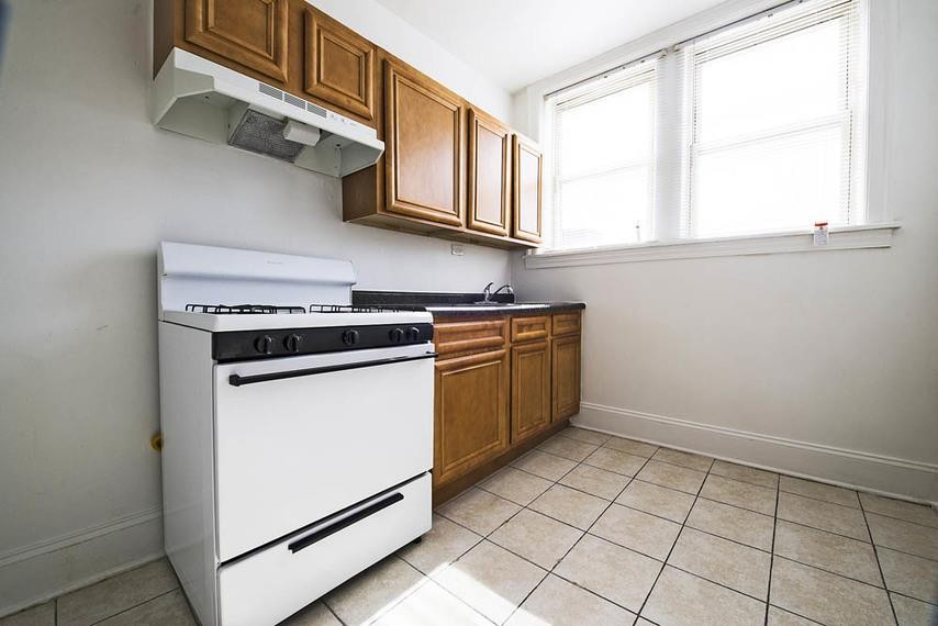 8000-12 S Maryland Ave rental