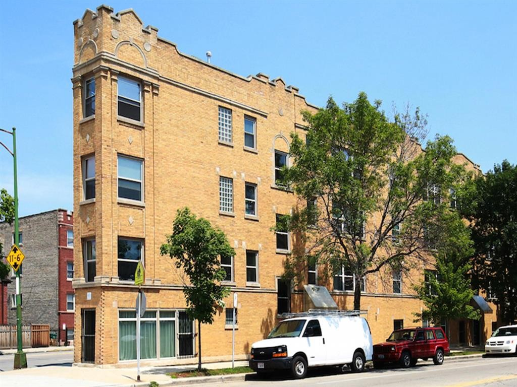 2038 W. Touhy Ave.