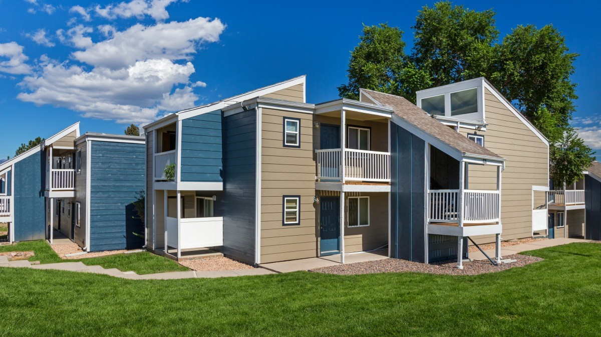 Stratus Apartments