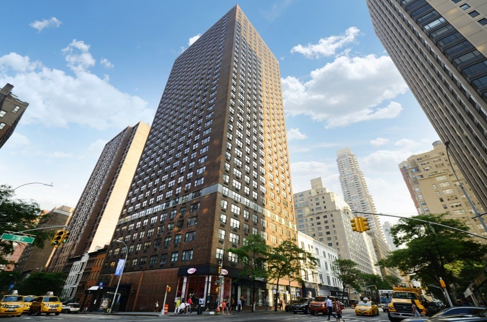 Apartments Near MMC The Wellesley for Marymount Manhattan College Students in New York, NY