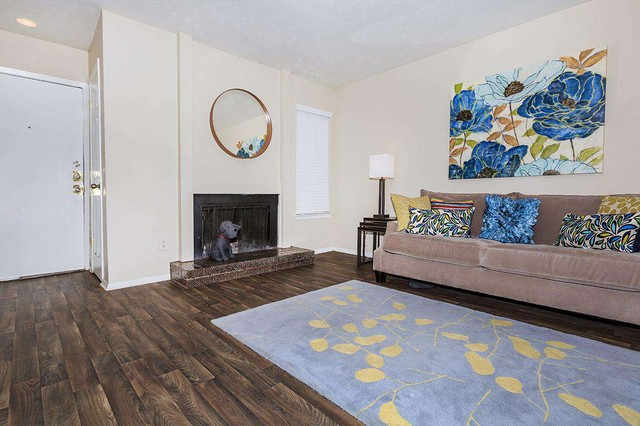 Dallas Apartments For Rent. CoverImage. 202770529