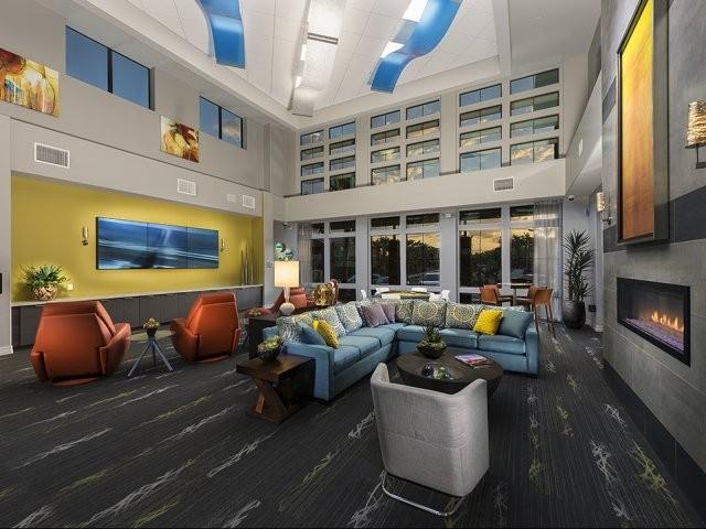 Apartments Near ASU Liv Ahwatukee for Arizona State University Students in Tempe, AZ