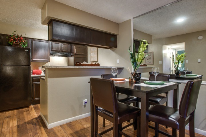 The Vineyards At Forest Edge · Apartments For Rent. Dallas Apartments
