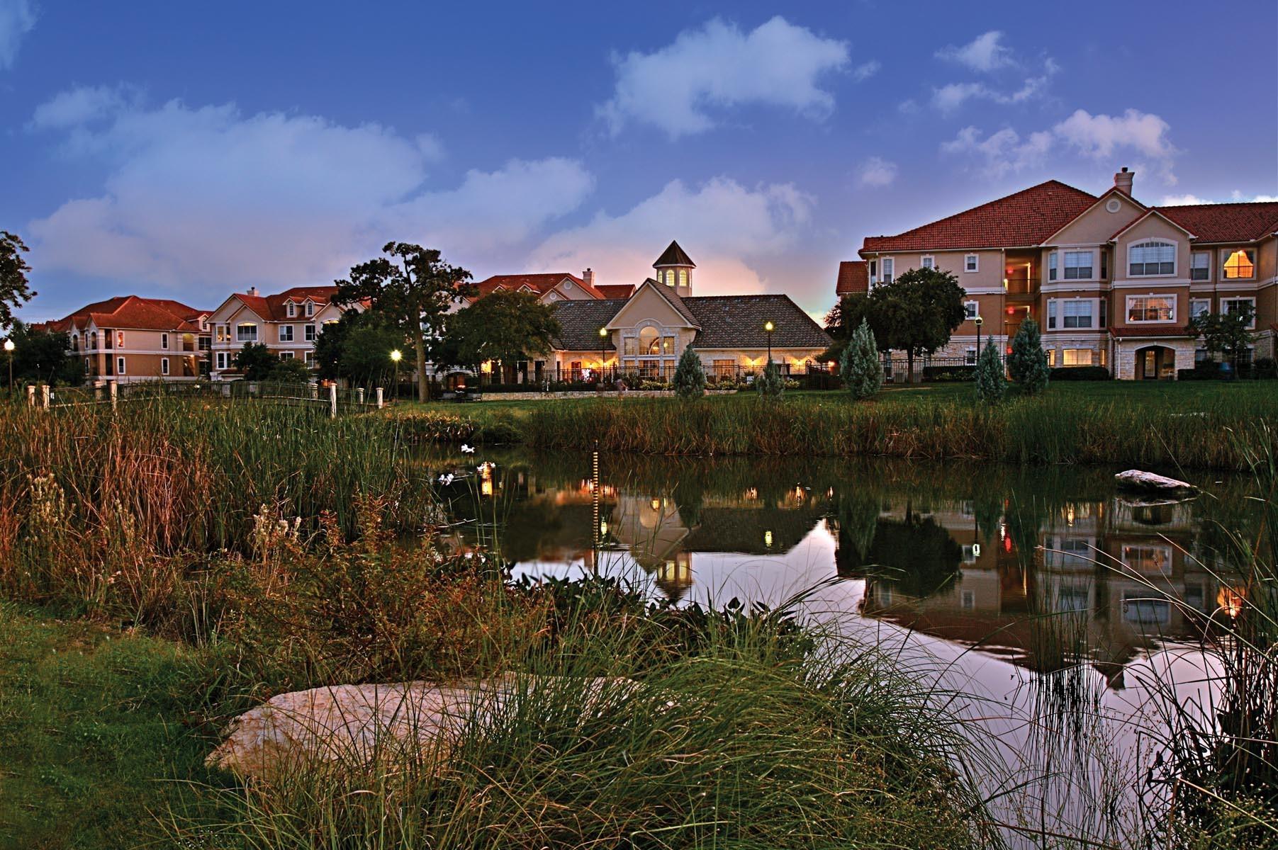 Apartments Near UT Austin | College Student Apartments