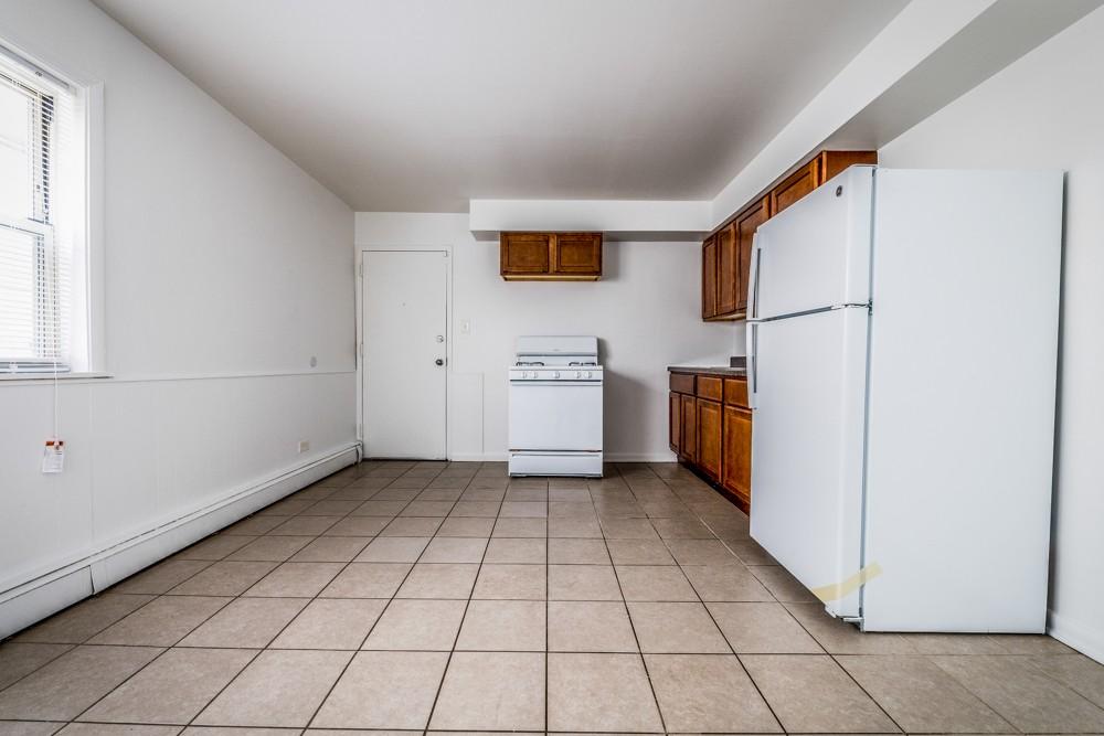 8100 S Drexel Ave rental
