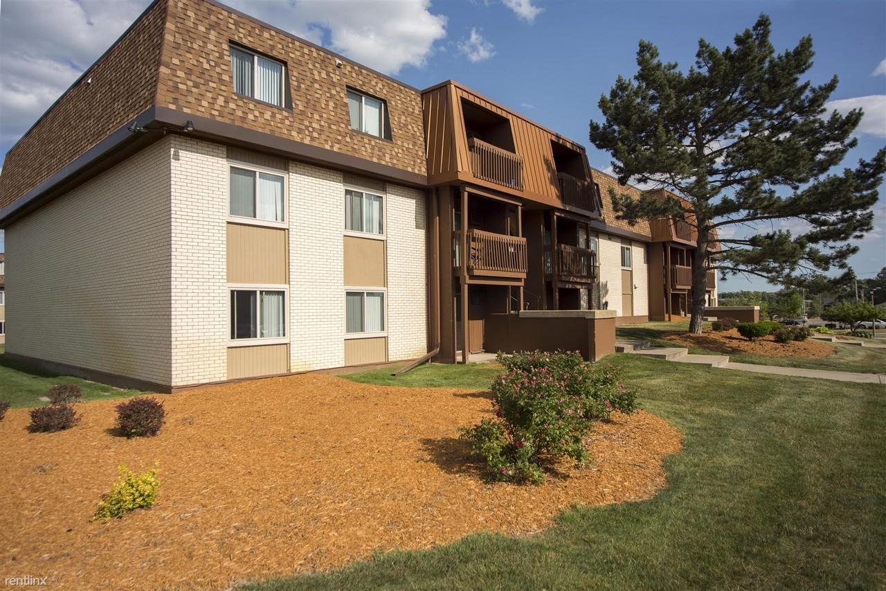 College Towne West Apartments - 3029 Beau Jardin Dr, Lansing, MI ...