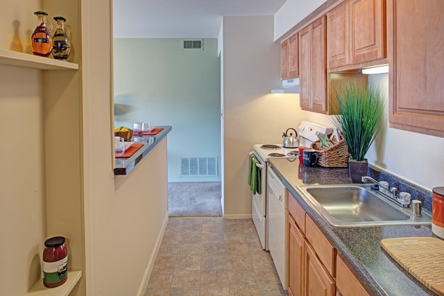 Strawberry Hill Apartments rental