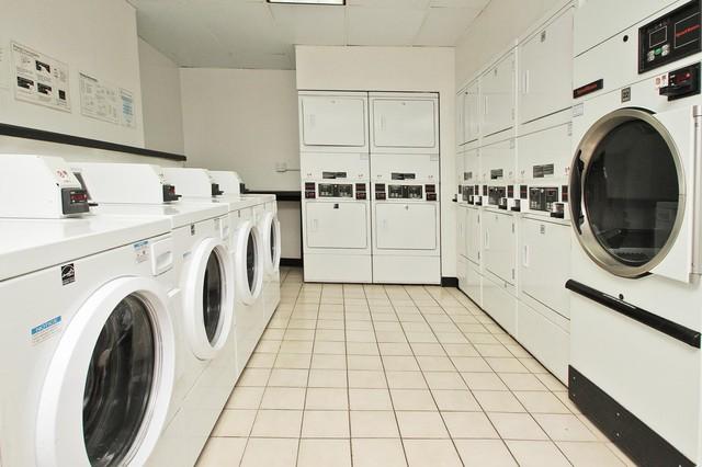 14 West Elm Apartments - 14 W Elm St, Chicago, IL 60610 with 4 ...