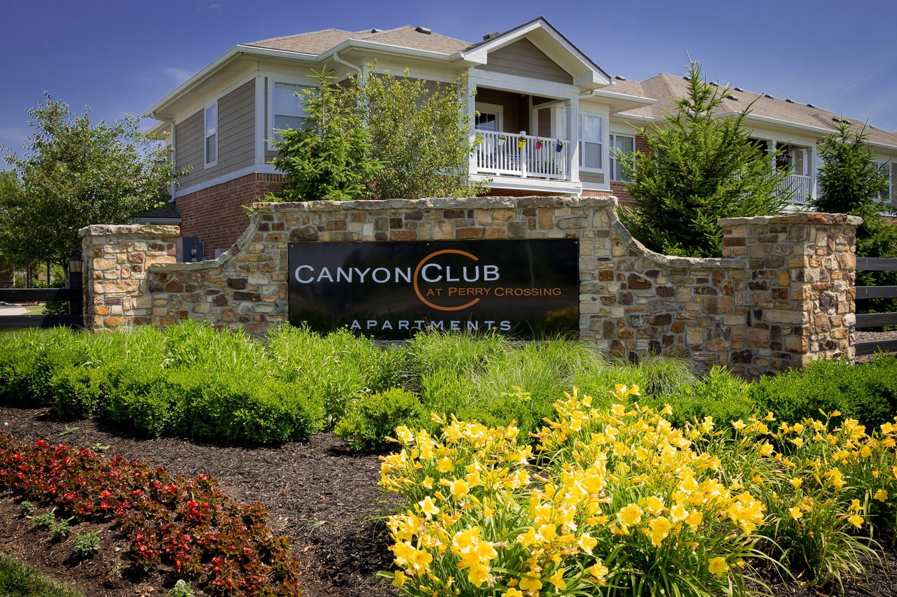 Canyon Club At Perry Crossing - 2720 Canyon Club Dr, Plainfield, IN ...