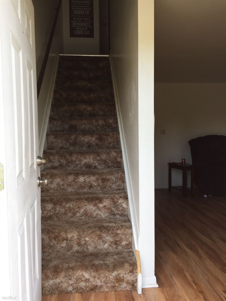 363 E High St, Springfield, OH 45505 - 2 Bedroom Apartment for ...