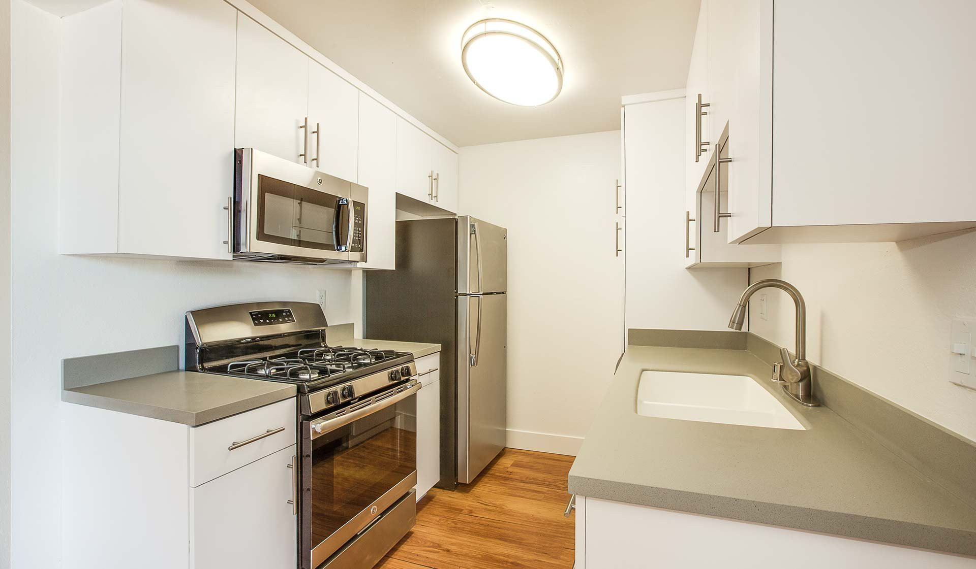 51 Apartments in Long Beach, CA (AVAIL now)