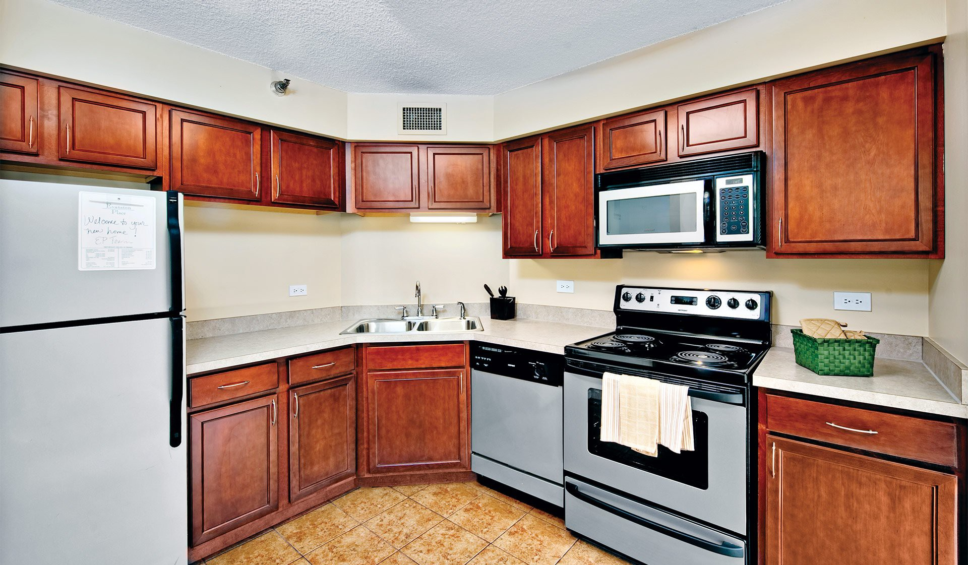 Evanston Place Apartments, Evanston - (see pics & AVAIL)