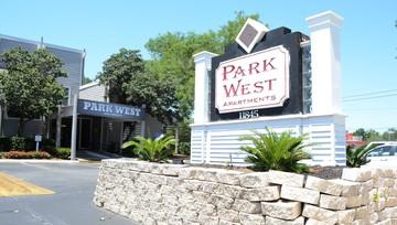 Charmant Park West Apartments
