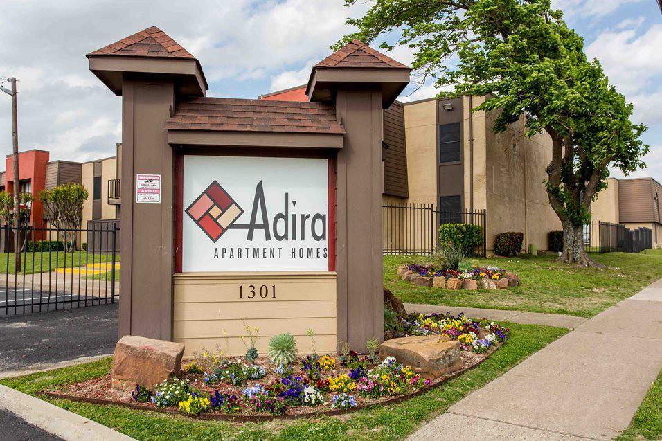 adira 1301 west wheatland road dallas tx 75232 apartment for