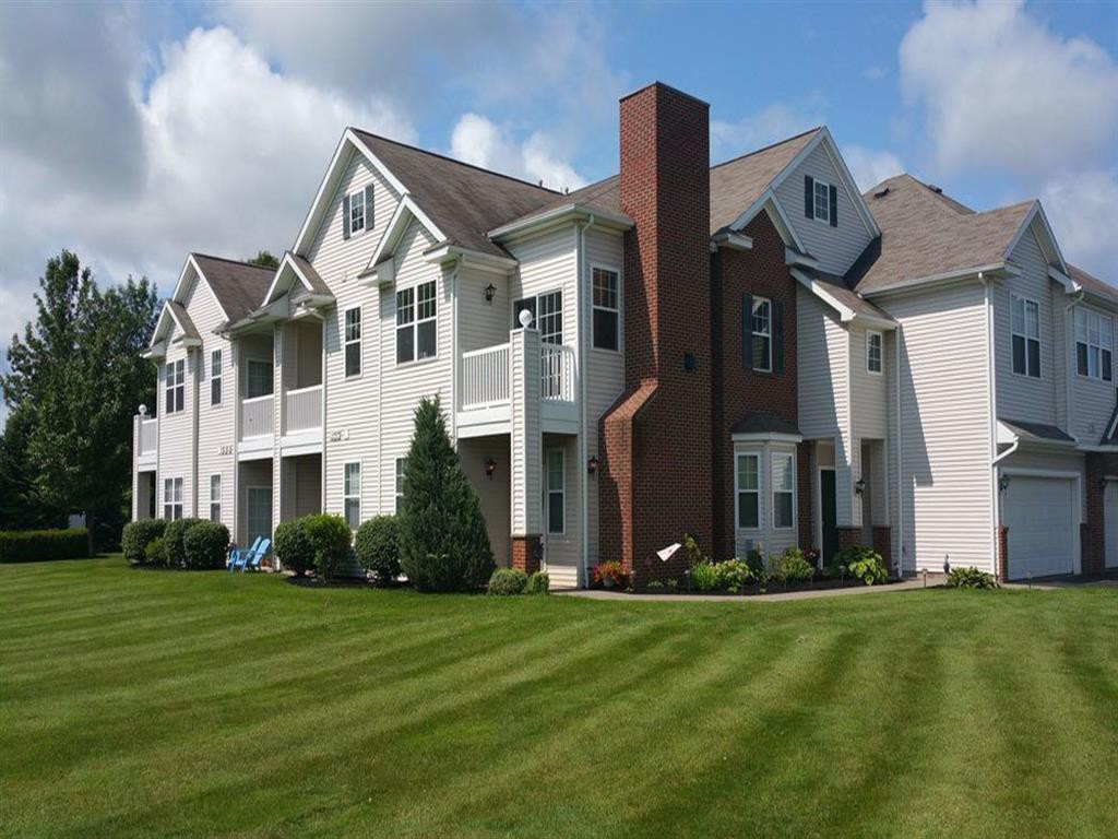 Webster Green Apartment Homes