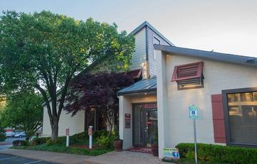 Ashford Ridge Apartments for Rent - 4334 E 66th St, Tulsa, OK 74136 ...