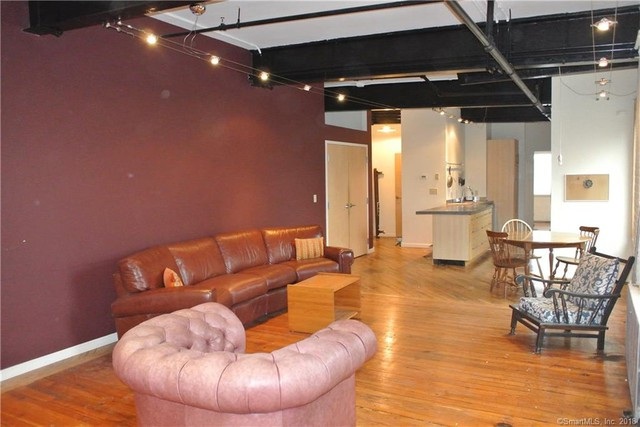 441 chapel st 2d new haven ct 06511 4 bedroom condo for rent for