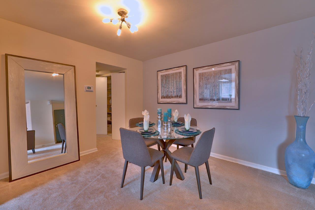 Live at Princeton Estates Apartment Homes