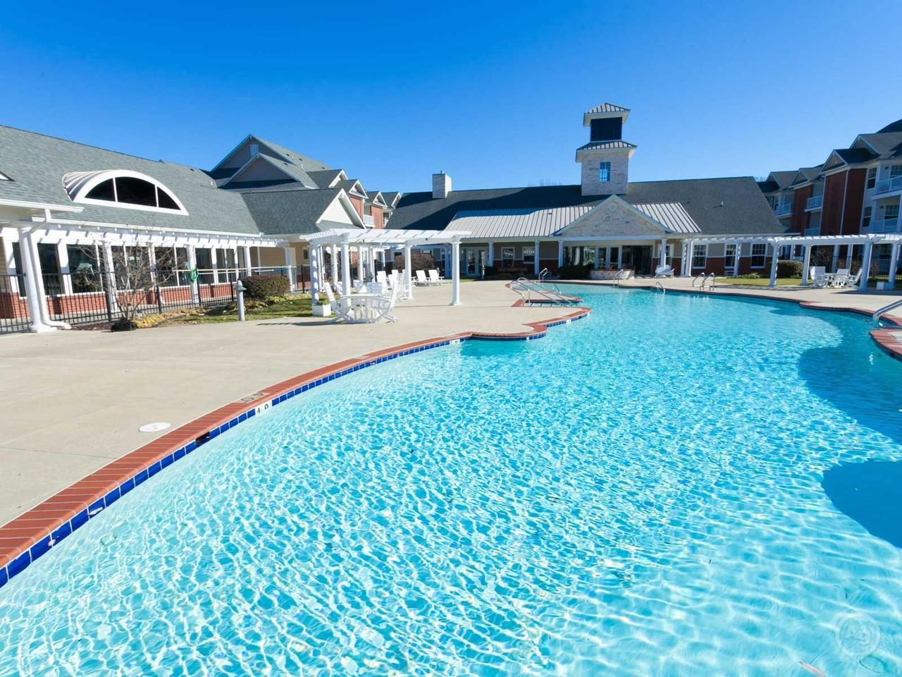 Falcon Creek Luxury Apartments - 4900 Falcon Creek Way, Hampton, VA ...