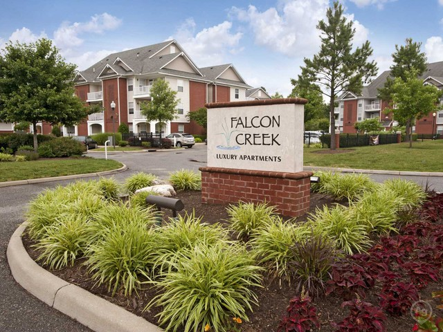 Falcon Creek Luxury Apartments - 4900 Falcon Creek Way, Hampton, VA ...