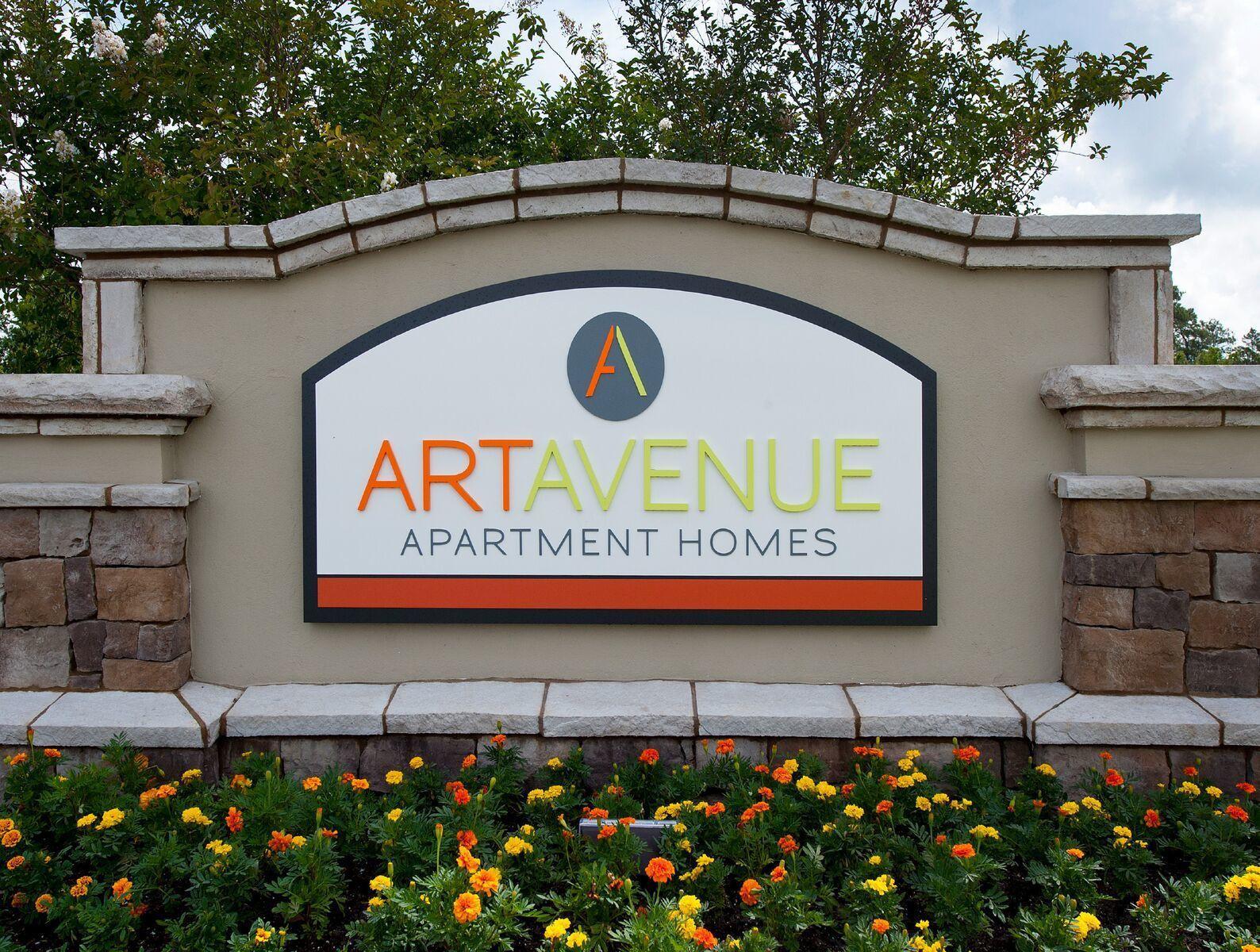 Art Avenue Apartments
