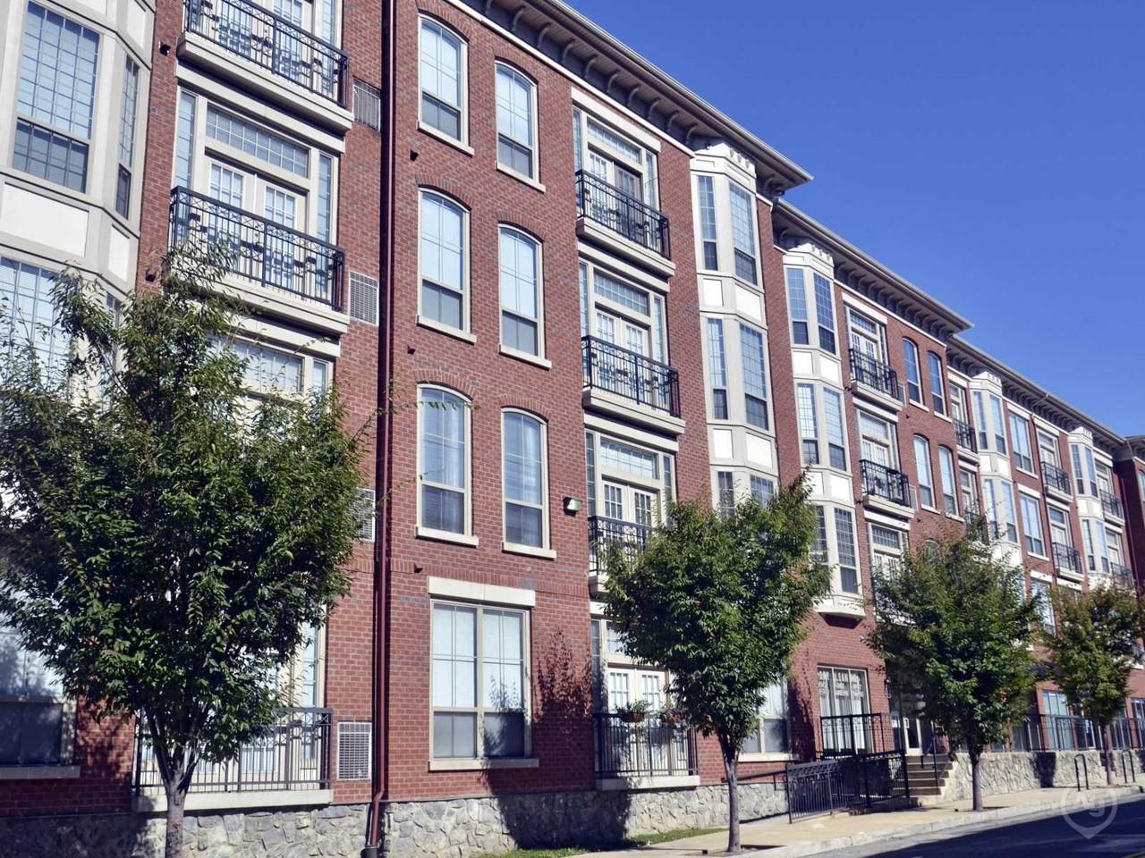 dobson mills apartments lofts 4055 ridge ave philadelphia pa