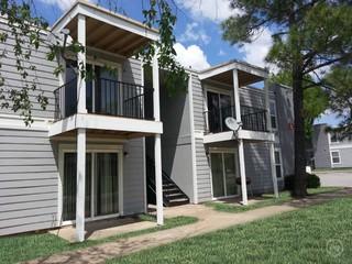 Sugar Plum Apartments - 10149 E 32nd St, Tulsa, OK 74146 with 3 ...