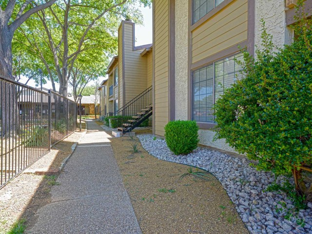 Copper Canyon Apartments - 2400 Harwood Rd, Bedford, TX 76021 with ...