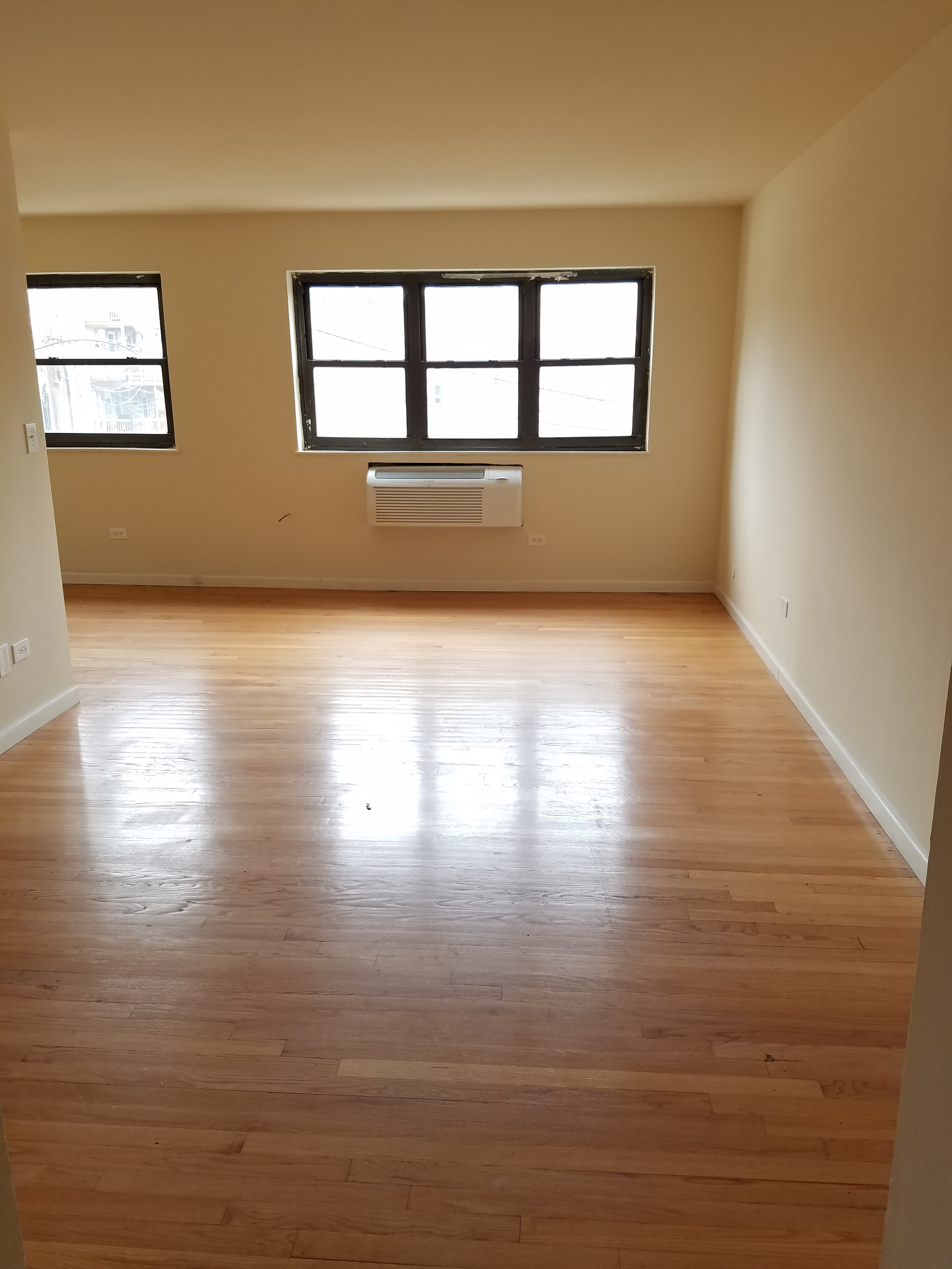 What Will 1 400 Rent You In Rogers Park Right Now Hoodline