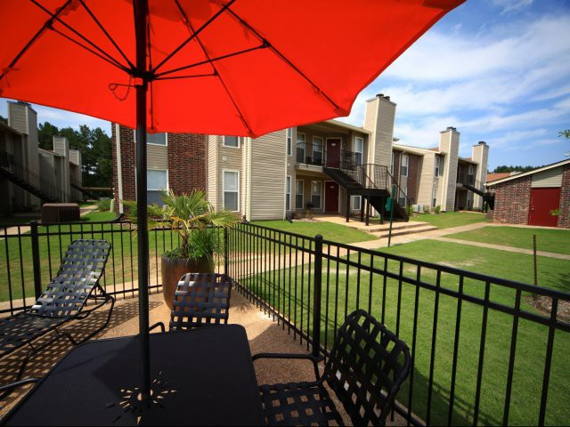 Apartments Near Jackson State Oakbrook for Jackson State University Students in Jackson, MS