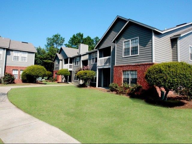 Fieldcrest Apartments Dothan, AL | College Student Apartments