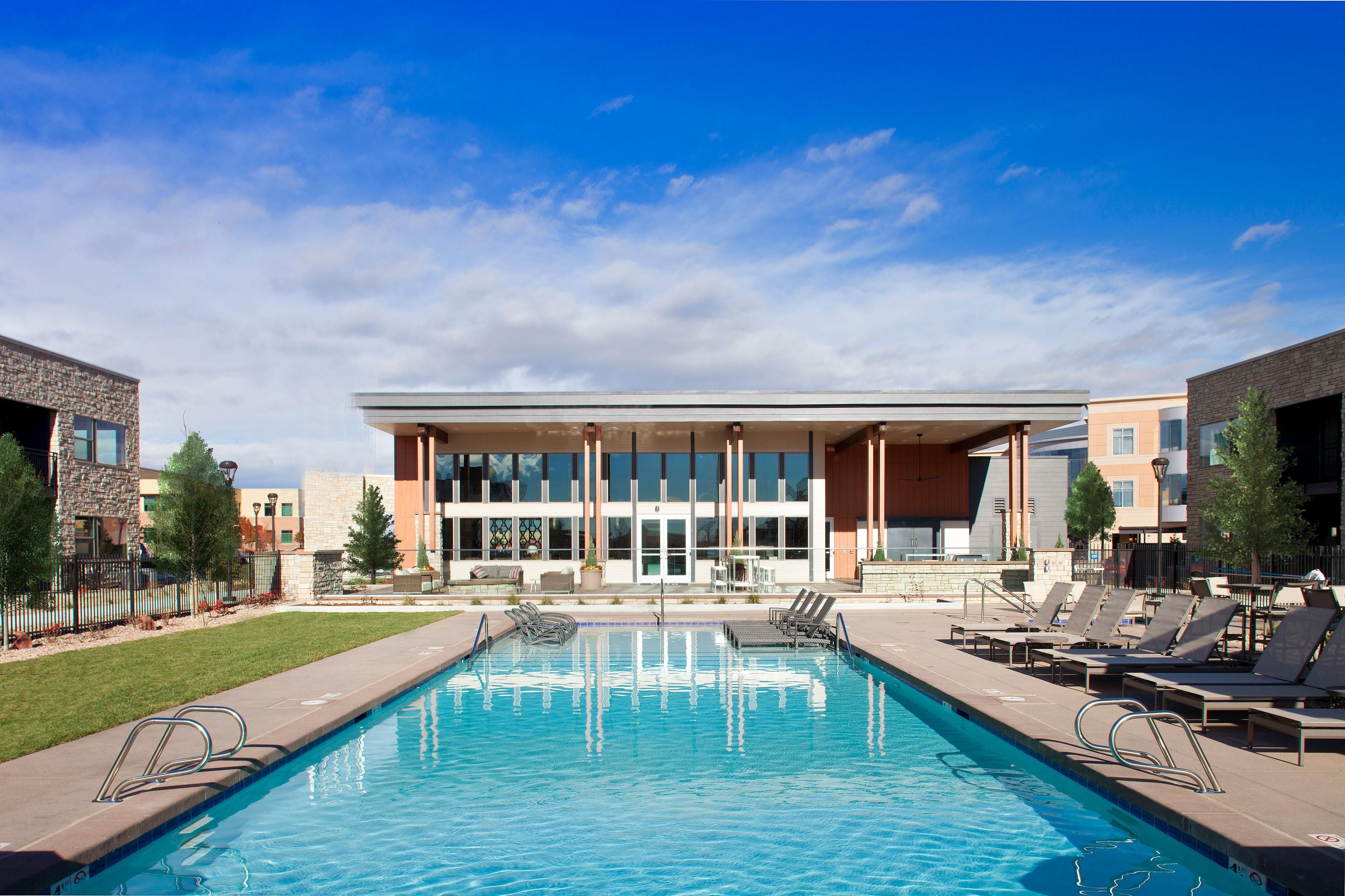 Apartments Near JIU Vela Meridian for Jones International University Students in Centennial, CO