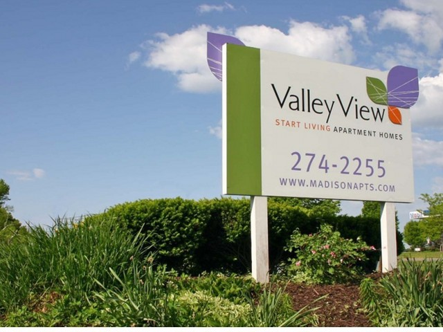 Valley View Apartment