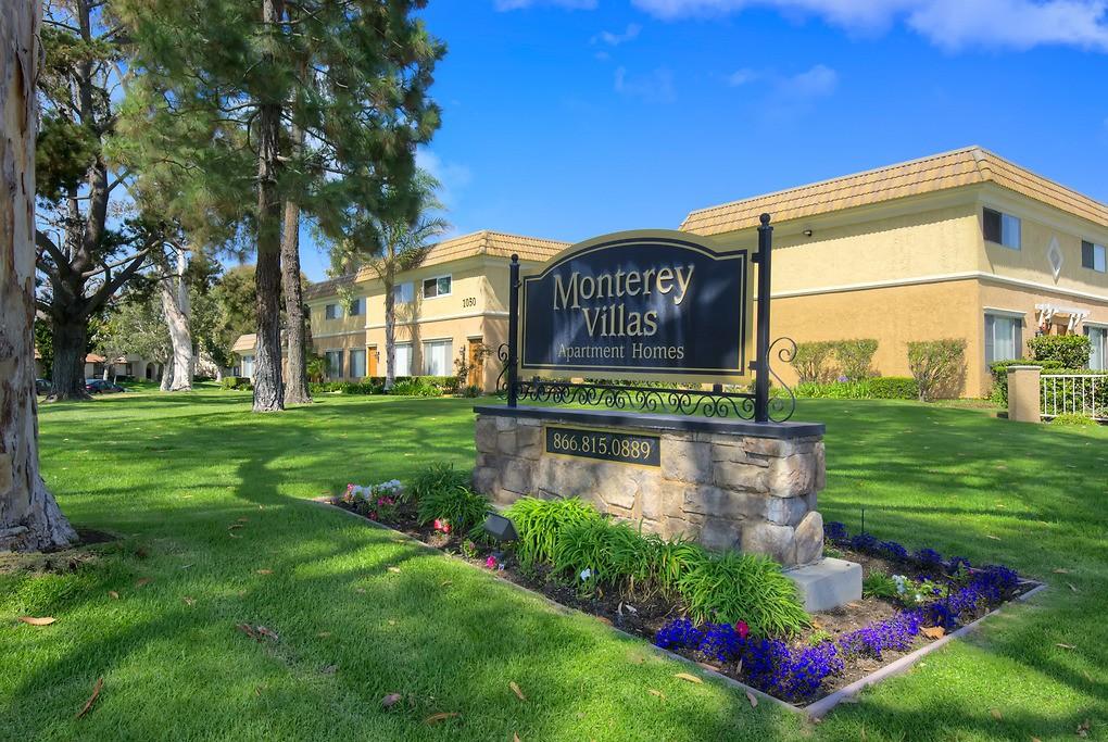 Monterey Villas