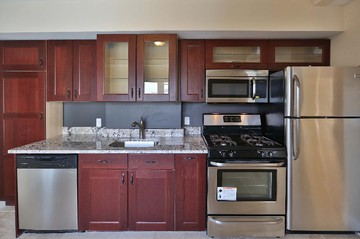 Luxury Apartments for Rent in Medford Street - The Neck, Boston, MA ...
