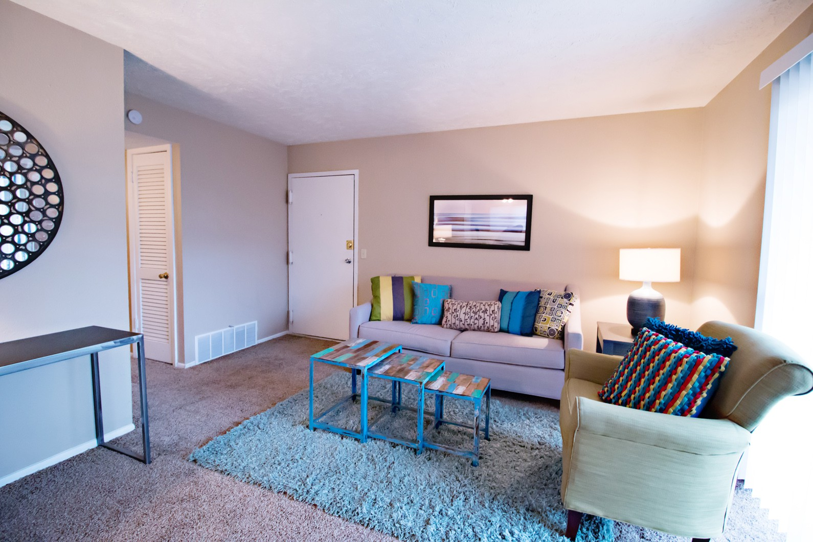 Apartments Near Bellevue Britain Towne for Bellevue University Students in Bellevue, NE
