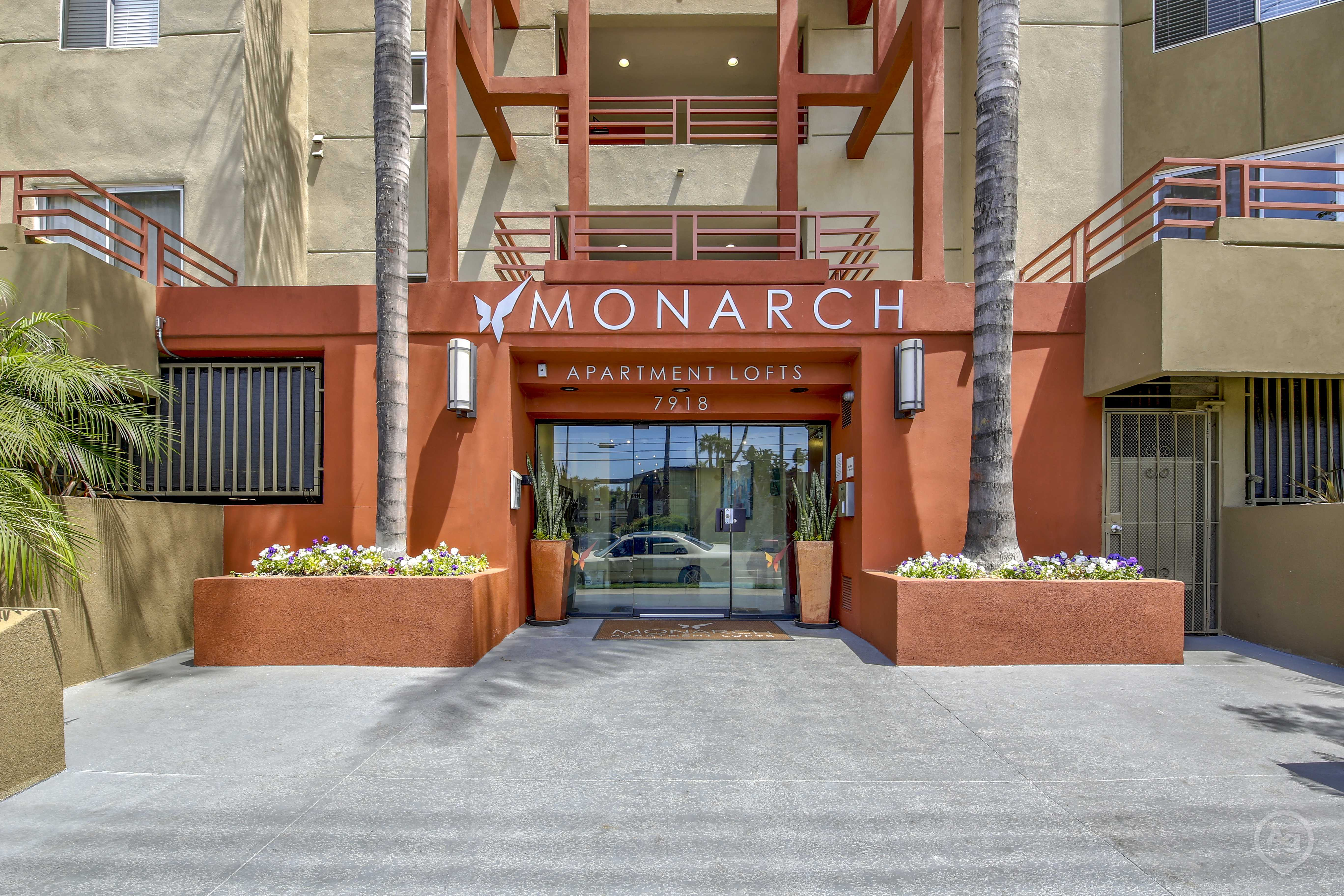 MONARCH for rent
